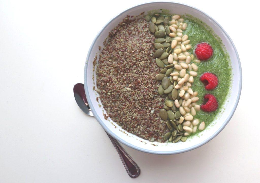 seaweed smoothie bowl
